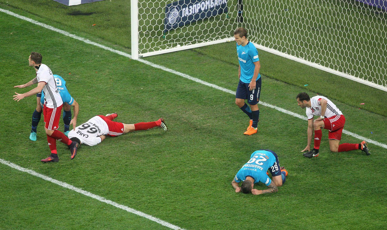 «Зенит» удержал нулевую ничью в матче с «Амкаром» - фото