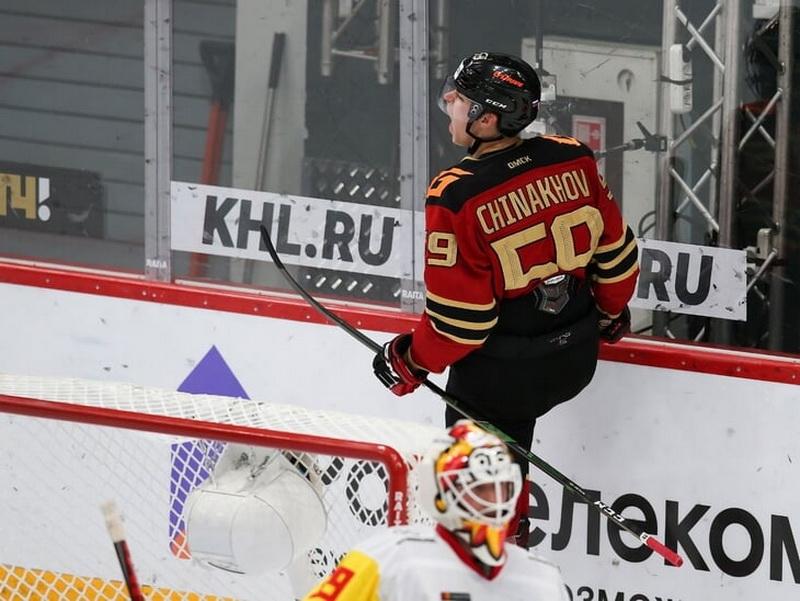Чинахов – о Ковальчуке: Я бы назвал его сердцем команды - фото