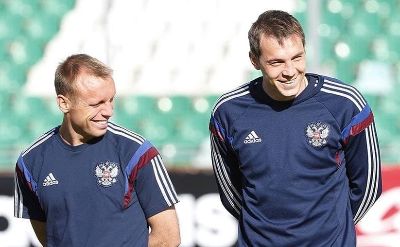 Карпину нужен опыт: как меняется состав сборной России - фото