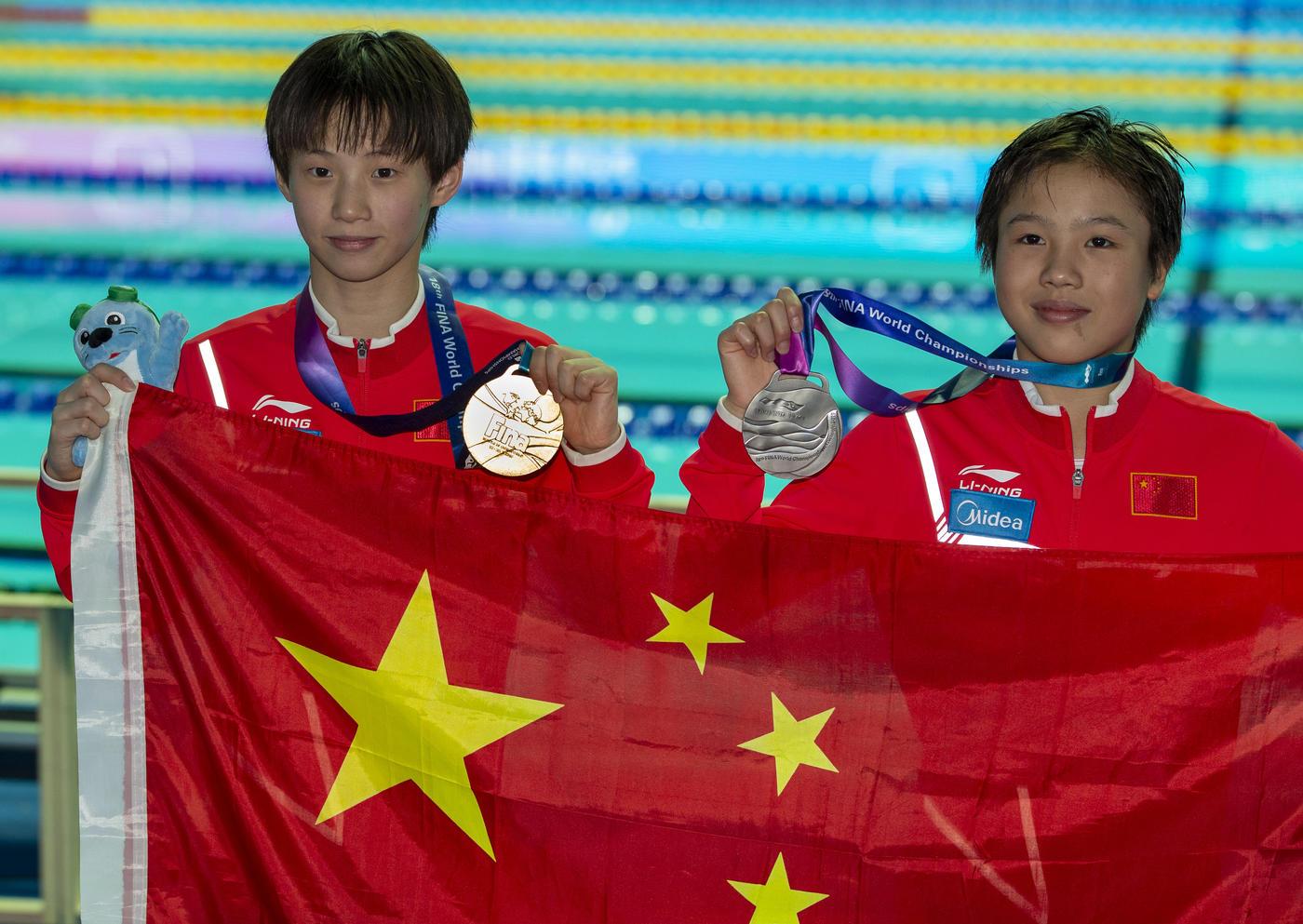 Всепобеждающая китайская «школота». Нет против нее приема - фото