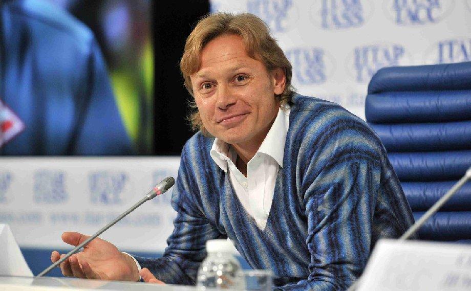 Божович о соглашении Карпина со сборной России: Это издевательство - фото