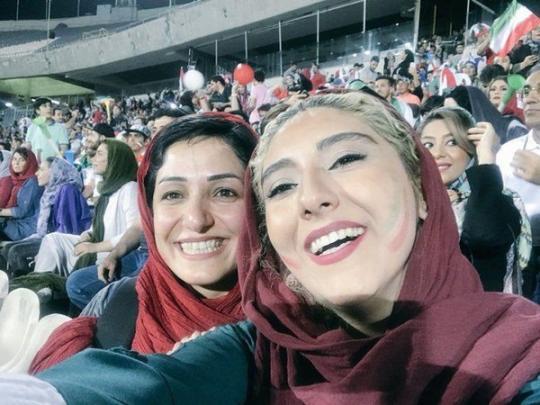 Иранским женщинам разрешили посещать отборочные матчи ЧМ-2022 - фото