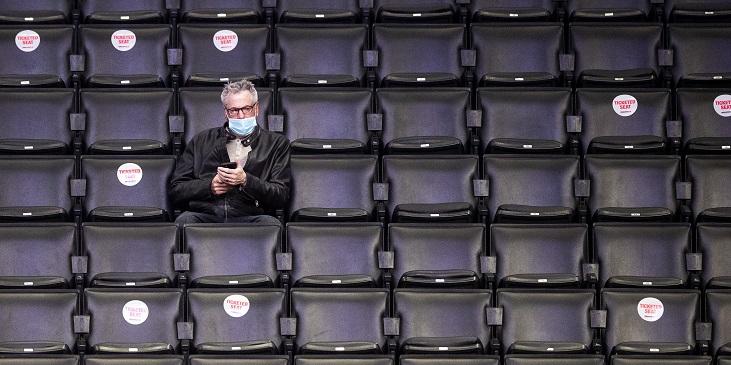 Вакцинация в спорте: жесткие ограничения в НХЛ и НБА, двойные стандарты в КХЛ, 21-дневный карантин на Олимпиаде-2022 - фото