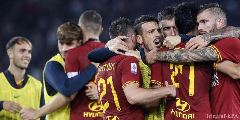 Футболисты и тренеры «Ромы» пожертвовали зарплату работникам клуба - фото