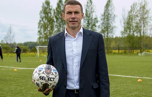 Генеральный директор «Тосно» Вячеслав Матюшенко: В Великий Новгород нас зовут для популяризации футбола - фото
