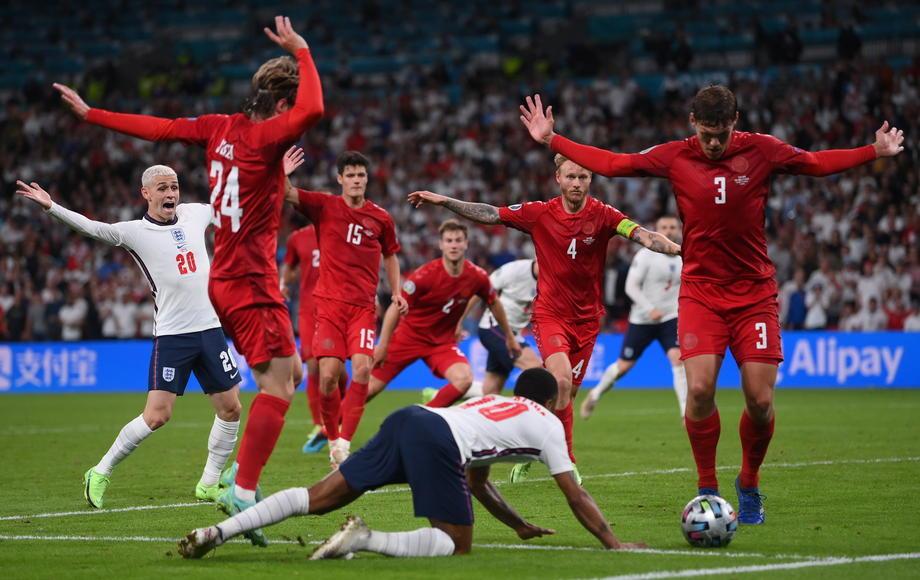 За Англию невозможно болеть в финале. Ее звезды – не примеры настоящих чемпионов - фото