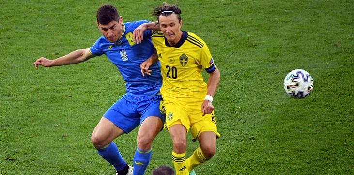 Малиновский не вызван в сборную Украины. У него были разногласия с новым главным тренером команды - фото