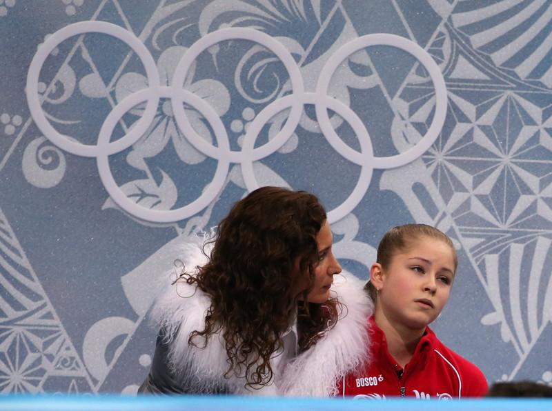 Юлии Липницкой – 22 года. Золушка в красном, где она сейчас? - фото