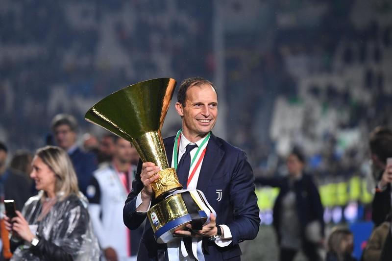«Ювентус» оригинальным образом объявил о возвращении на пост главного тренера Массимилиано Аллегри - фото