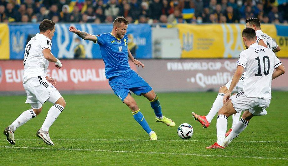 Игра сборной Украины лучше, чем у России - фото