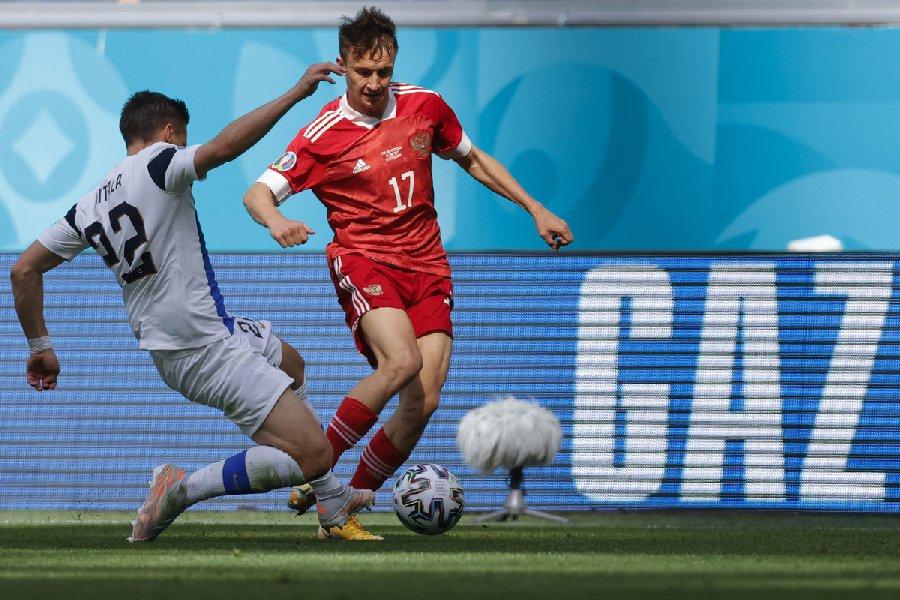В РФС рассказали, когда примут решение об участии Головина в матчах со Словенией и Словакией - фото