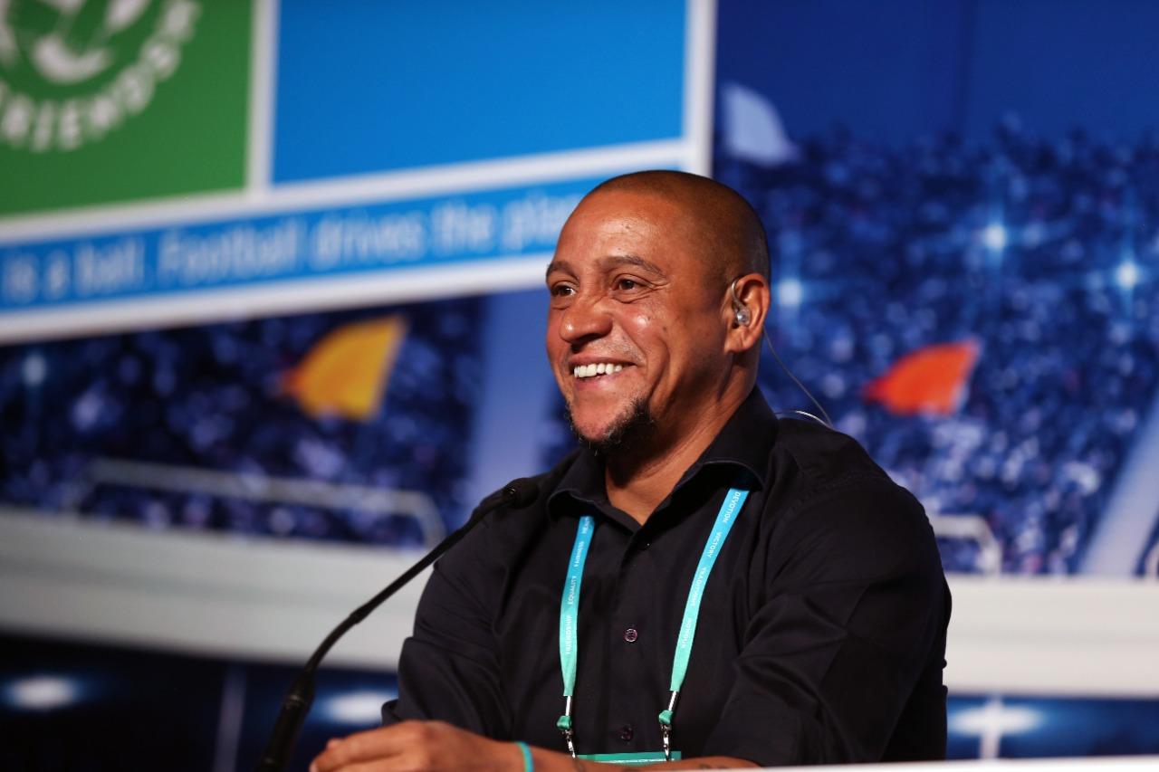 «Российским клубам нужно покупать больше иностранцев»: Роберто Карлос – об «Анжи», Дзюбе и детях - фото