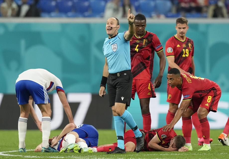 Тимоти Кастаня, получившего переломы в столкновении с Далером Кузяевым, будут оперировать в Бельгии - фото