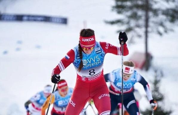 Первые итоги «Тур де Ски»: проблемы у Непряевой. Бородавко критиковал ее летнюю подготовку - фото