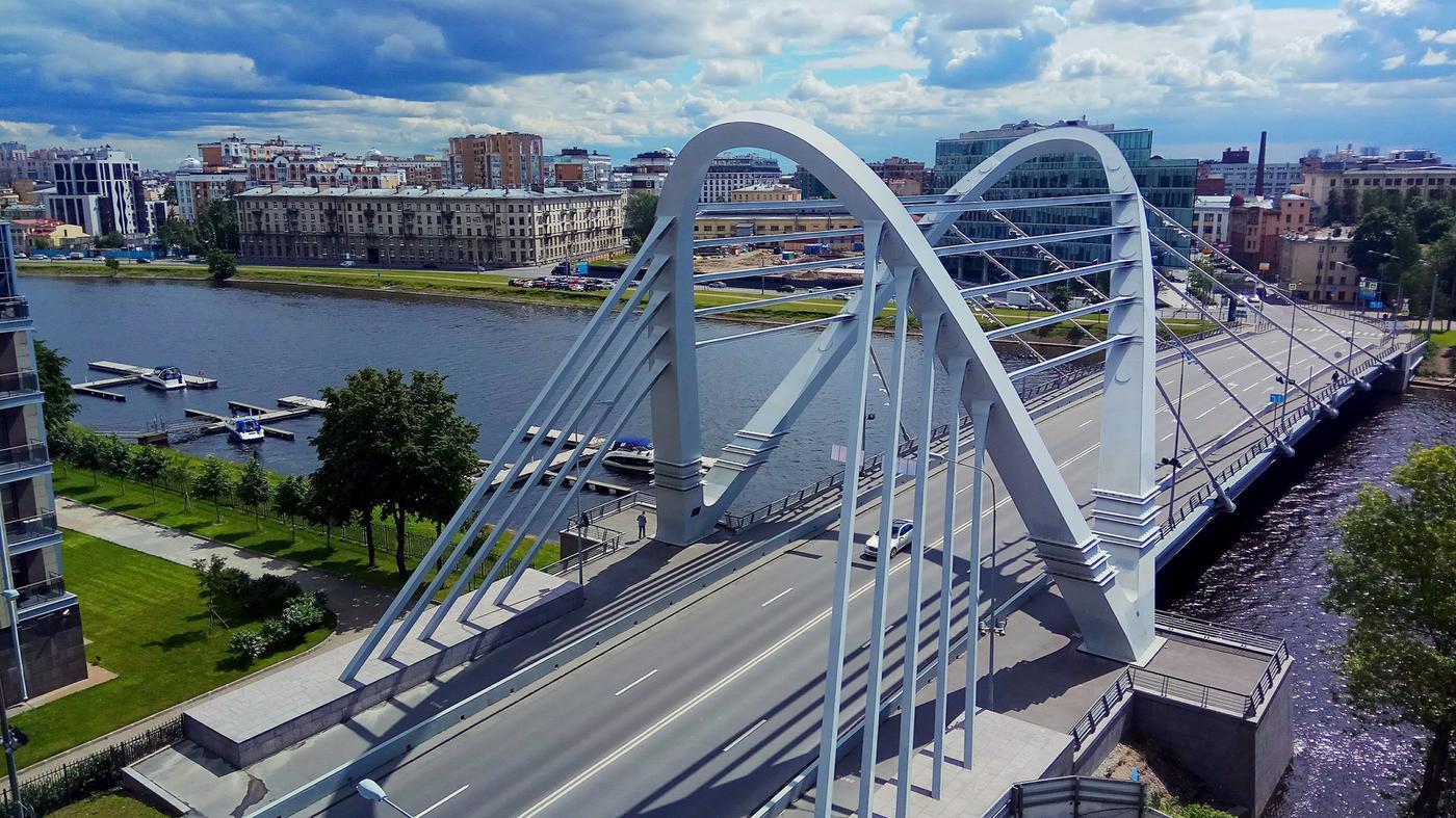 На ЧМ-2018 выступит футбольная сборная мостов Петербурга - фото