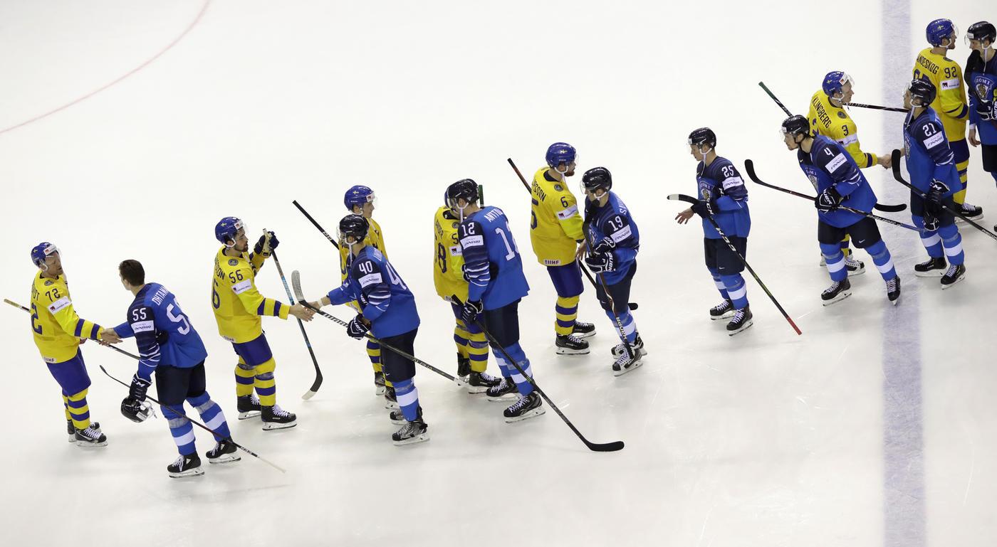 18 очков в НХЛ на всю команду. Как Финляндия стала соперником России по полуфиналу - фото