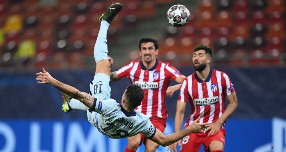 Гол Жиру помог обыграть «Атлетико», а «Бавария» разгромила «Лацио» - фото