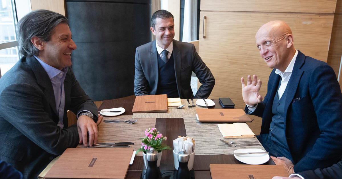 Шокирующее решение Хачатурянца: Вилков закончил с футболом - фото