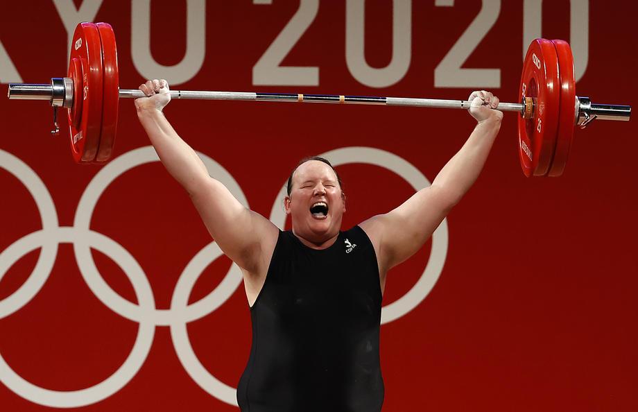 Ведущий «Первого канала» отказался извиняться за слова про трансгендера на Олимпиаде-2020 - фото