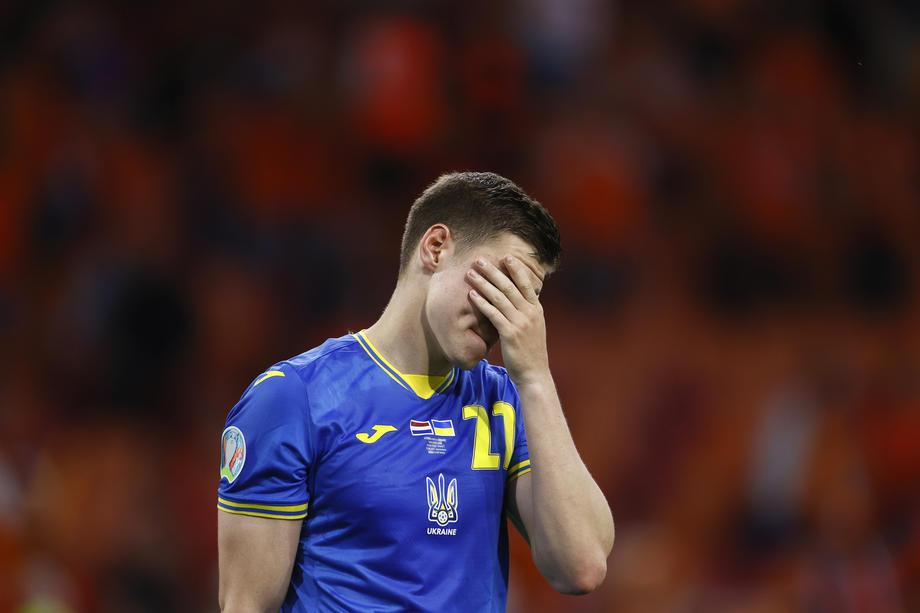 Украину ставят в пример нашим. Но скорее Россия выйдет из группы, чем команда Шевченко - фото