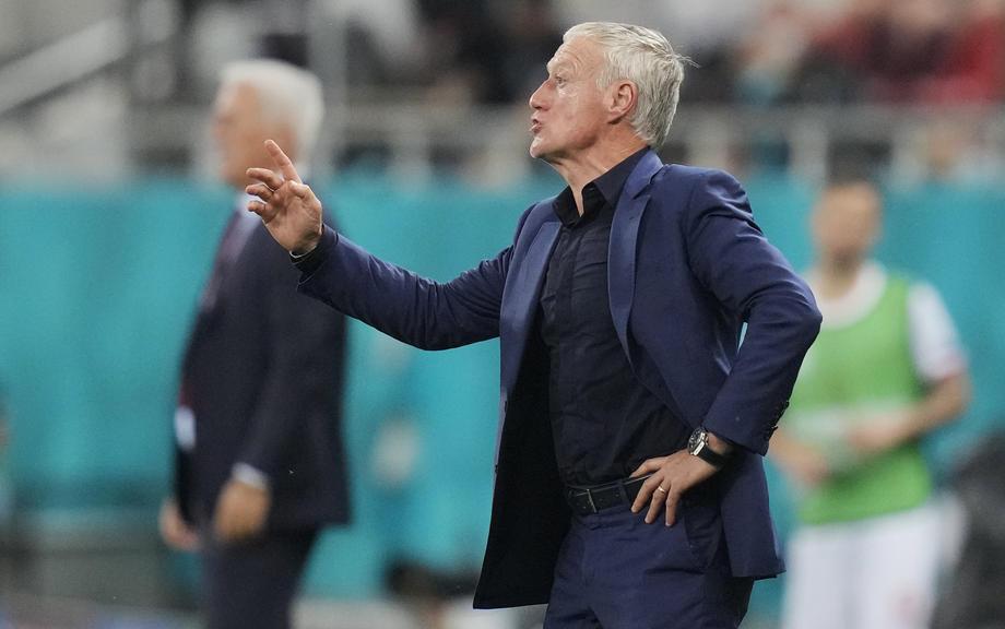 Дешам останется главным тренером сборной Франции после провала на Евро-2020 - фото