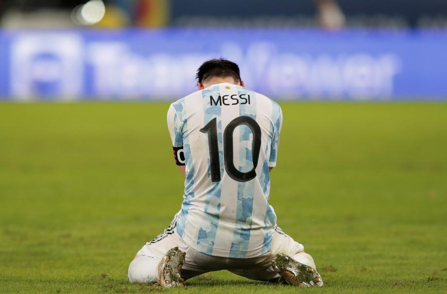 Месси сыграл в финале Кубка Америки с повреждением - фото