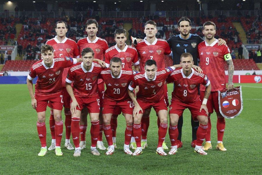 Новые лидеры сборной России: на кого рассчитывает Валерий Карпин? - фото