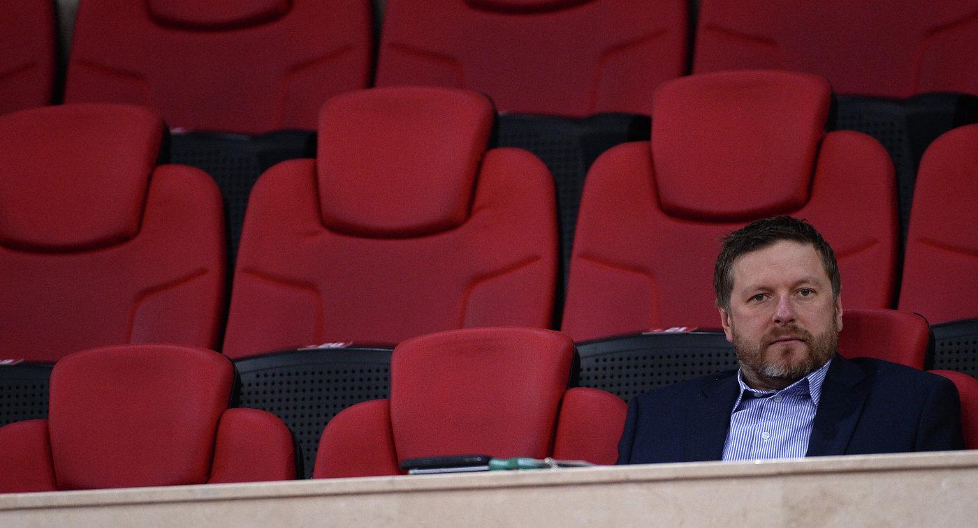 Источник: Евгений Кафельников завершил карьеру из-за связанного со ставками скандала - фото