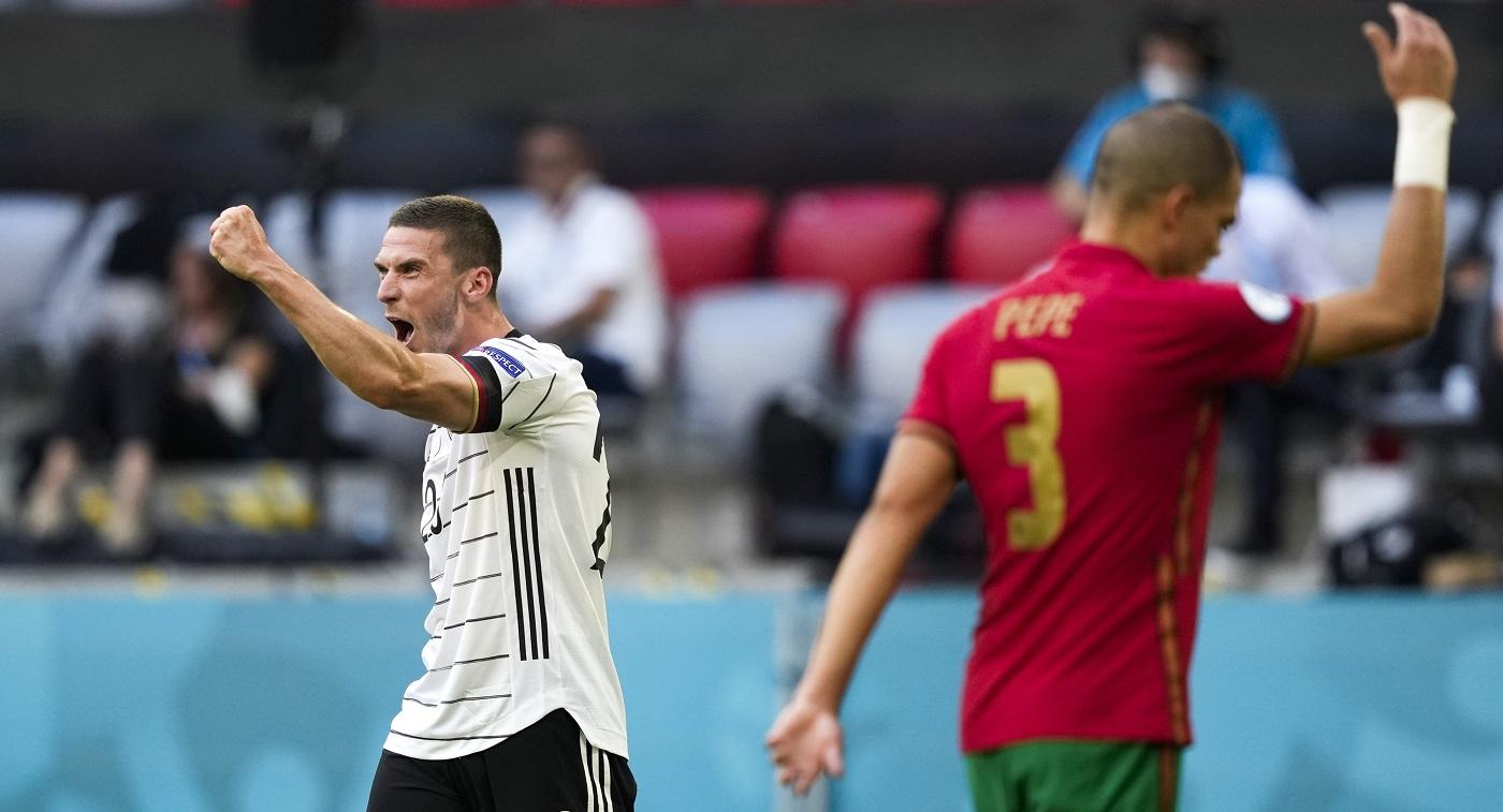 Самый веселый матч Евро-2020: Роналду повторил рекорд Клозе, но главный герой – одноклубник Миранчука - фото