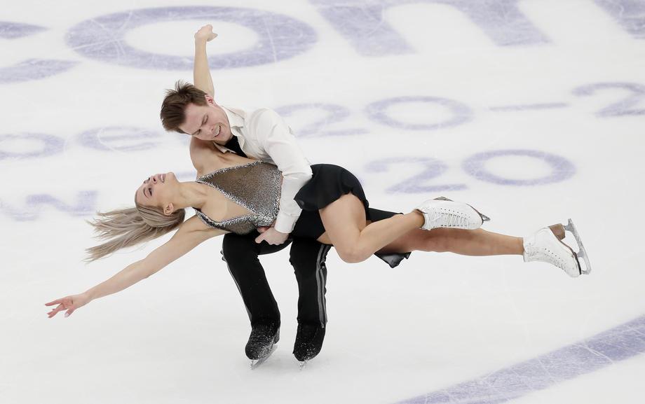 Реальные лидеры Кубка России. Исчезнувшие пары, проблемы у танцоров - фото