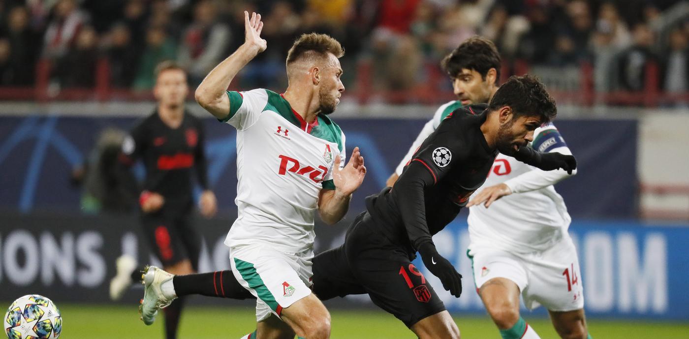 Удивительный промах в матче «Локомотив» – «Атлетико»: Диего Коста не попал в ворота с метра - фото