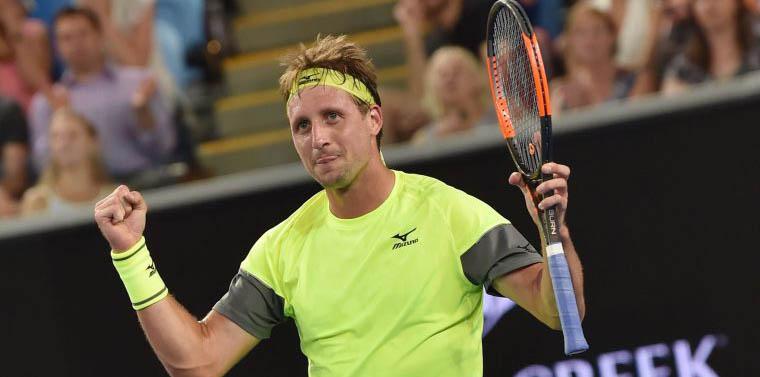 Человек по имени Теннис - фото