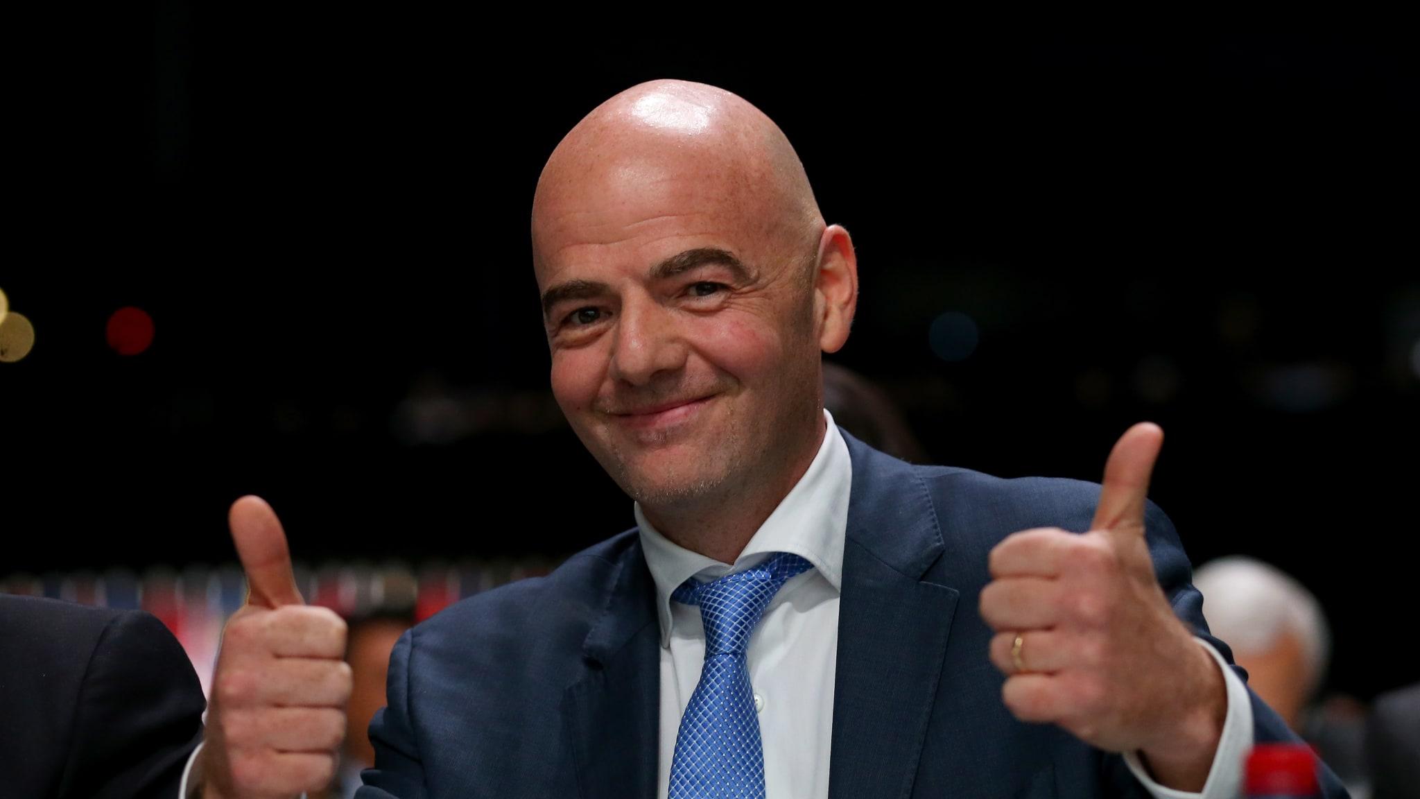 Подозреваемый в коррупции Инфантино сохраняет пост президента ФИФА - фото