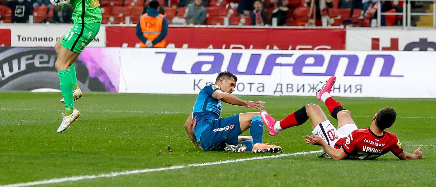 Медведев осудил «Спартак» за нырки. Но разве футболистам надо запрещать симуляции? - фото