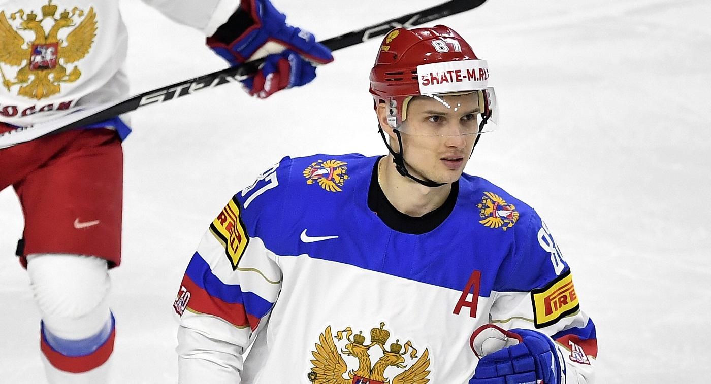 Вадим Шипачев: Обидно, что Моуринью не приедет на сборную. В Ярославле, думаю, коврик пограмотнее бы постелили - фото