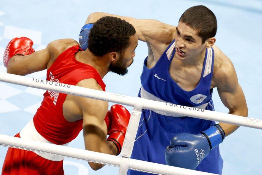 Российский боксер Батыргазиев завоевал золото Олимпиады-2020 - фото