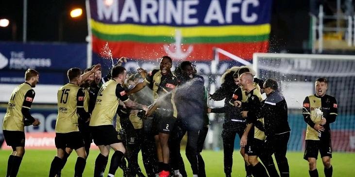 Соперник «Тоттенхэма» в Кубке Англии – команда 8-го дивизиона. Получают помощь Каррагера, берут в аренду тренера и сами бегают за пивом - фото