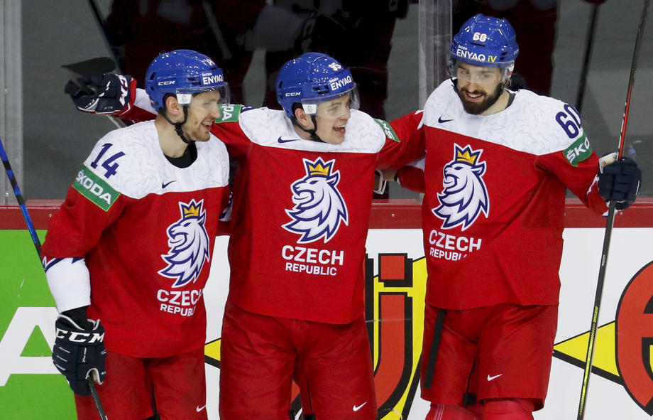 Определились все четвертьфиналисты чемпионата мира по хоккею-2021 - фото