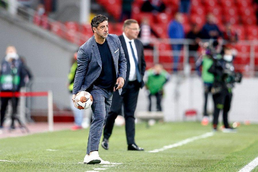 Динияр Билялетдинов считает, что неудачи «Спартака» не связаны с главным тренером  - фото