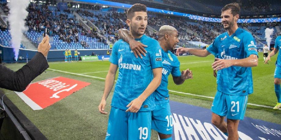 Сутормин рассказал о реакции Дзюбы на то, что Алексей вместо него бил пенальти - фото