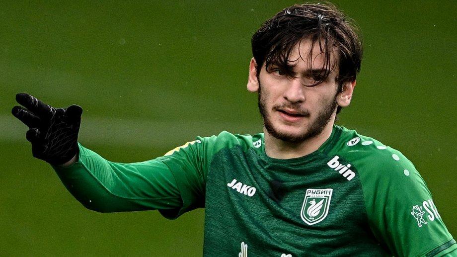 Агент Кварацхелии назвал клуб, который всерьез заинтересован в трансфере игрока - фото