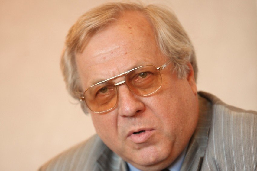 Андрей Будогосский: Нашим судьи не нужны очки, они все проходили медобследование - фото