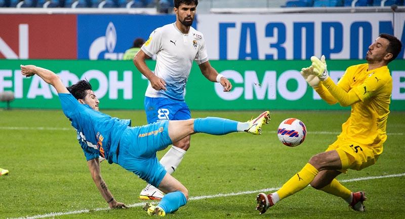 Орлов раскритиковал судью за удаление Азмуна в матче «Зенита» против «Сочи» - фото