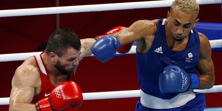 Хатаев завоевал первую медаль в боксе для России на Олимпиаде-2020 - фото