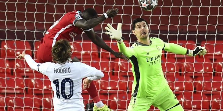 Лучший вратарь мира выбил «Ливерпуль» из Лиги чемпионов. Как это было - фото