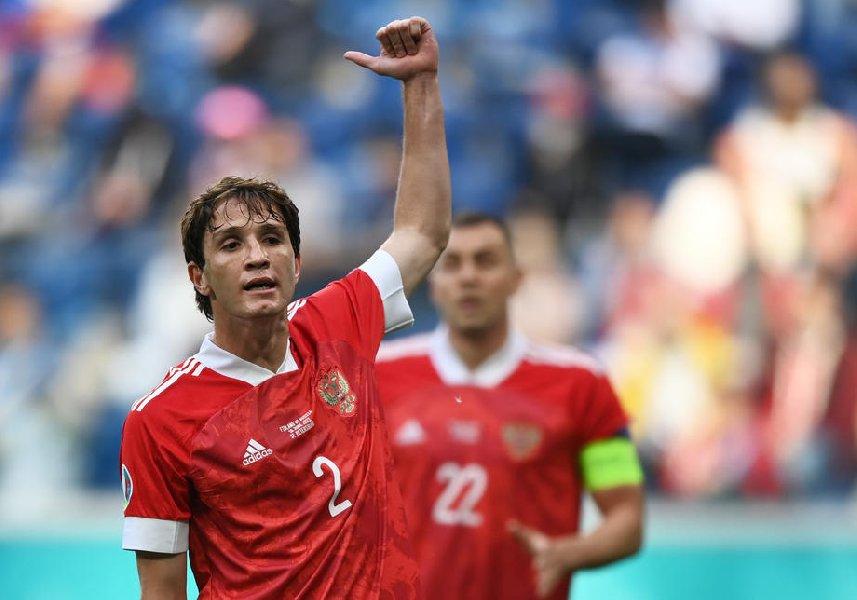 Фернандес не сможет принять участие в матче против Кипра - фото