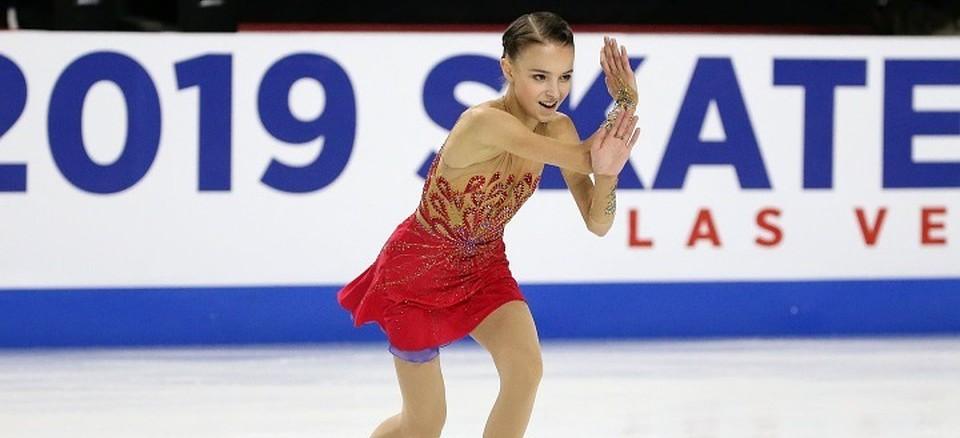 Щербакова обновила личный рекорд в короткой программе Гран-при Китая, Туктамышева и Самодурова не оправдали надежд - фото