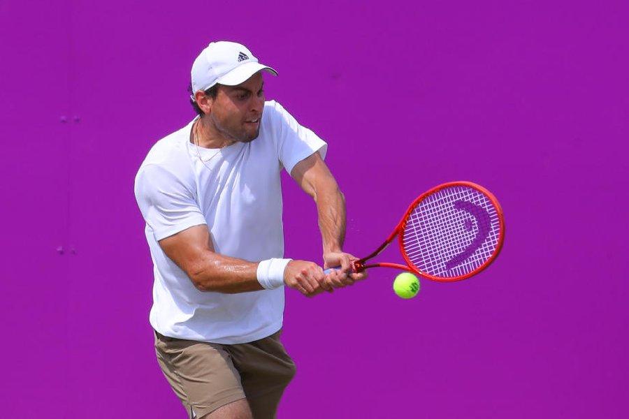 Карацев, уступая по ходу матча, сумел пробиться в третий круг US Open - фото