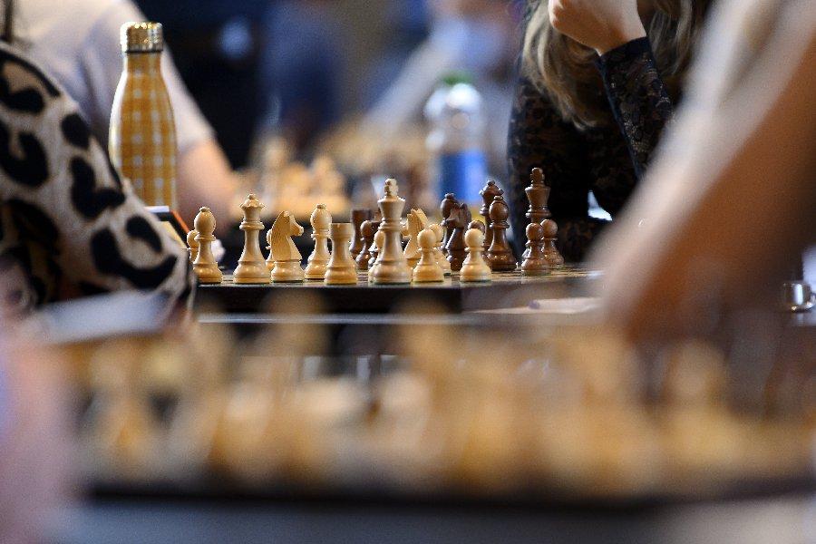 Чемпионка мира по шахматам подала в суд на Netflix: спортсменка обвиняет компанию во лжи - фото