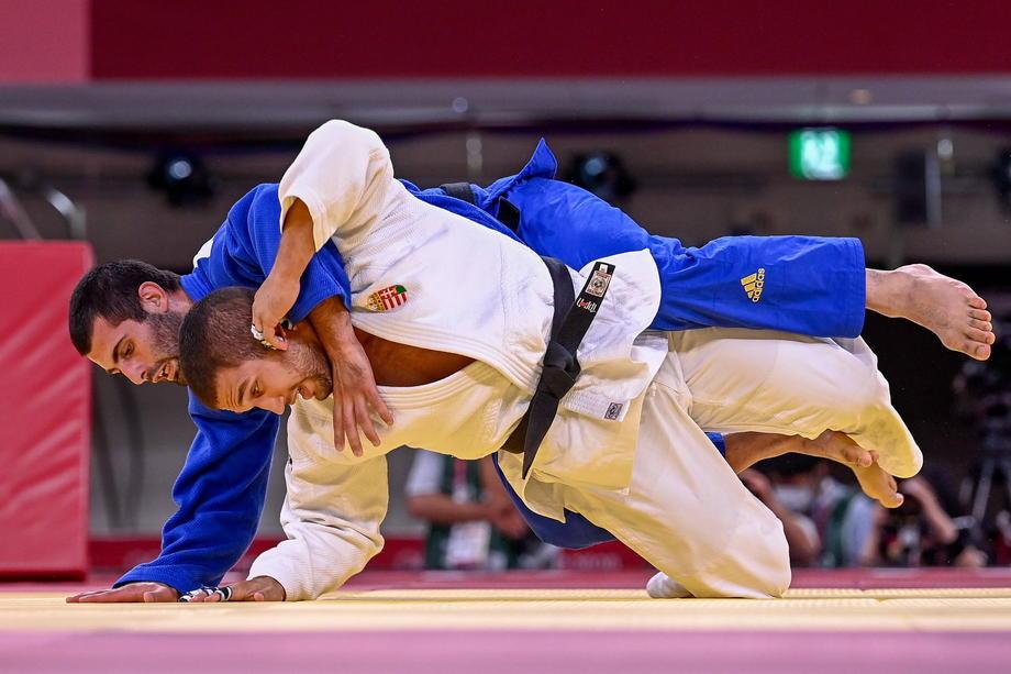 Михаил Игольников проиграл в бронзовом финале Олимпиады - 2020 - фото